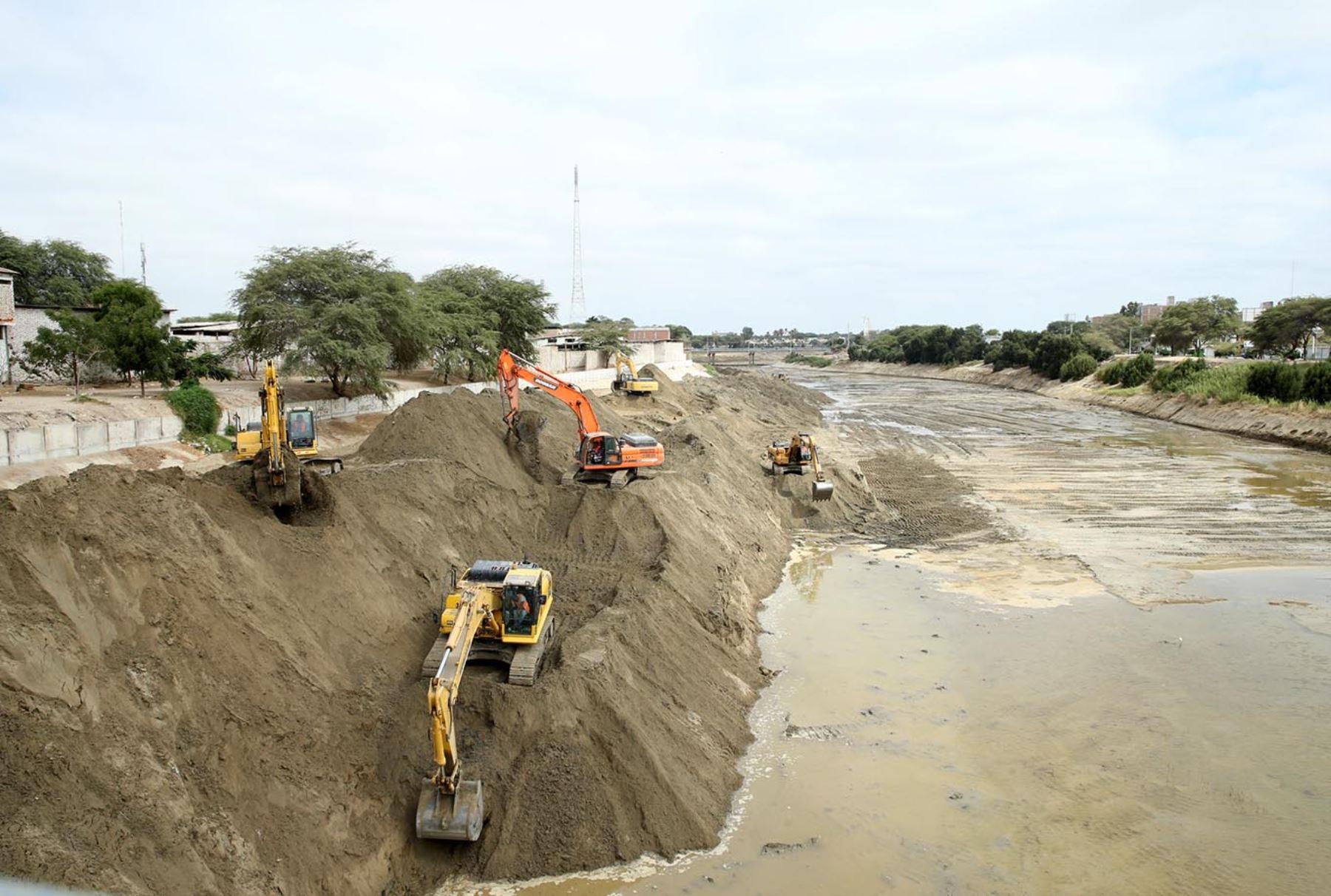 Reconstrucción con cambios: Contraloría identifica riesgos en descolmatación de dos tramos del río Piura
